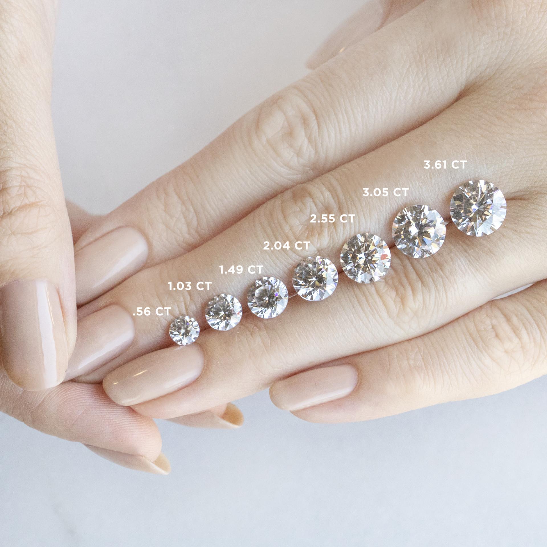 e1d0e5eb9c7 Diamond Diva Round Cut Engagement Ring