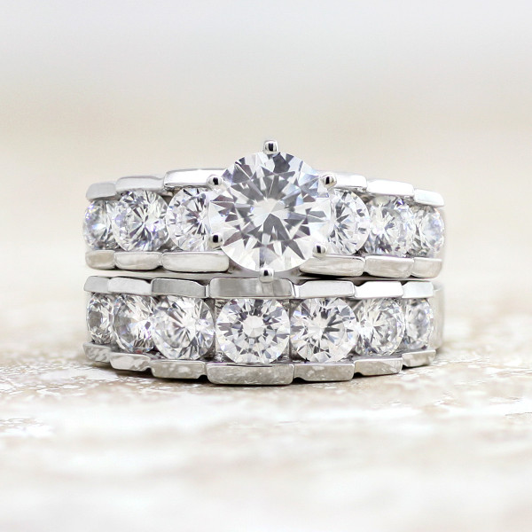 InFire with 1.24 carat Round Brilliant Center and One Matching Band - 14k White Gold - Ring Size 7.0-8.0