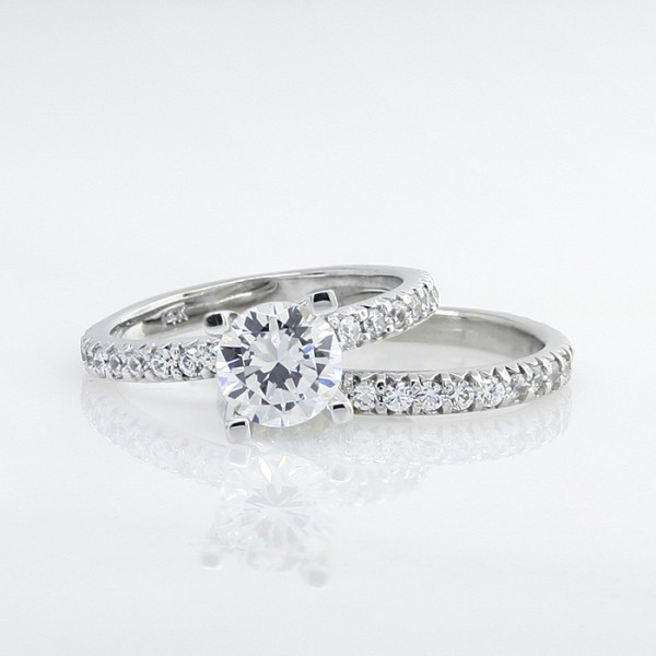 Retired Model Gwyneth with 2.04 Carat Round Brilliant Center and One Matching Band - Palladium - Ring Size 6.5