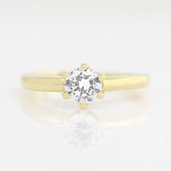 Tiffany-Style 6-Prong Solitaire with 0.76 carat Round Brilliant Center - 14k Yellow Gold - Ring Size 4.25-10.25