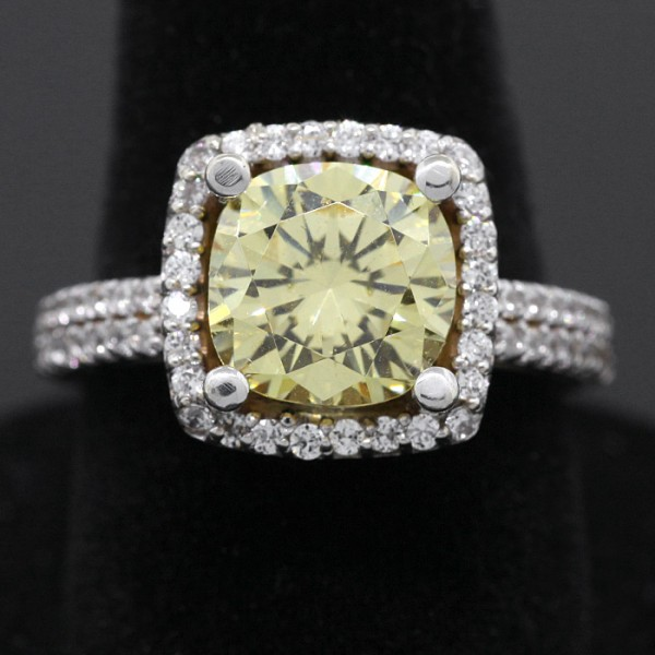 Cushion Cut, Canary Center Stone - 14k White Gold - Ring Size 7.0
