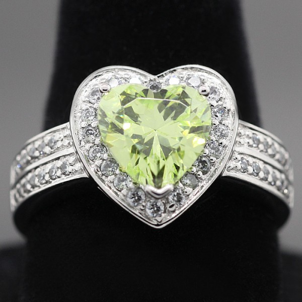 Green Heart Cut Ring - Sterling Silver - Ring Size 7.0