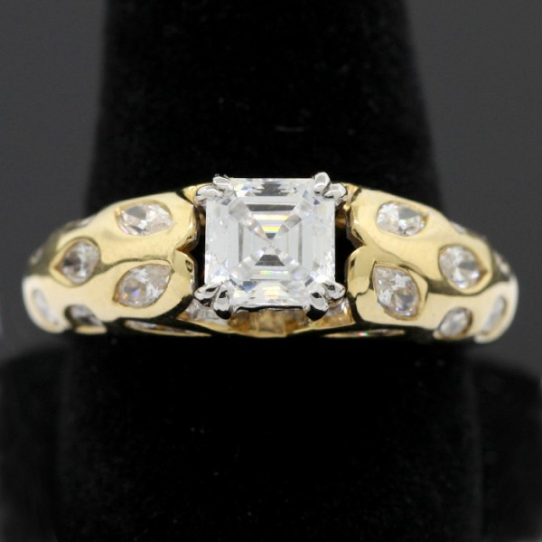 Foxglove - 14k Yellow Gold - Ring Size 7.0