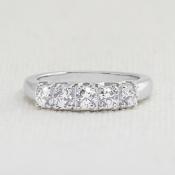Evening in Paris with 0.85 Total Carats - 14k White Gold - Ring Size 5.0-9.0