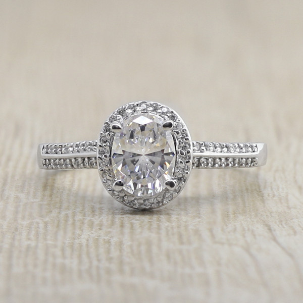 Fiona with 1.86 Carat Oval Center - Platinum - Ring Size 5.5