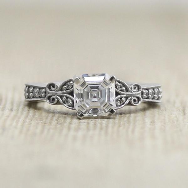 French Quarter with 0.99 carat Asscher Center - Palladium - Ring Size 5.0