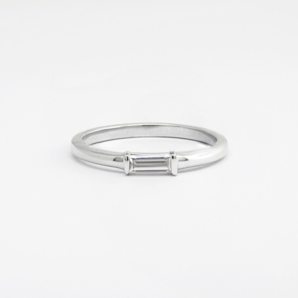 Horizontal Baguette Ring with 0.17 Carat Center - 14k White Gold - Ring Size 4.75