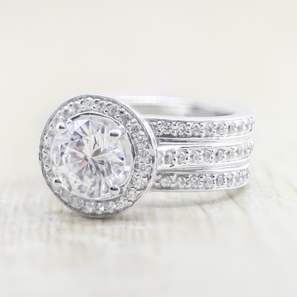 Kristen with 2.04 carat Round Brilliant Center - 14k White Gold - Ring Size 6.5