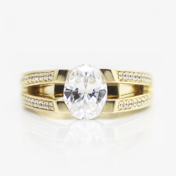 Lenore with 1.86 carat Oval Center - 14k Yellow Gold - Ring Size 8.0