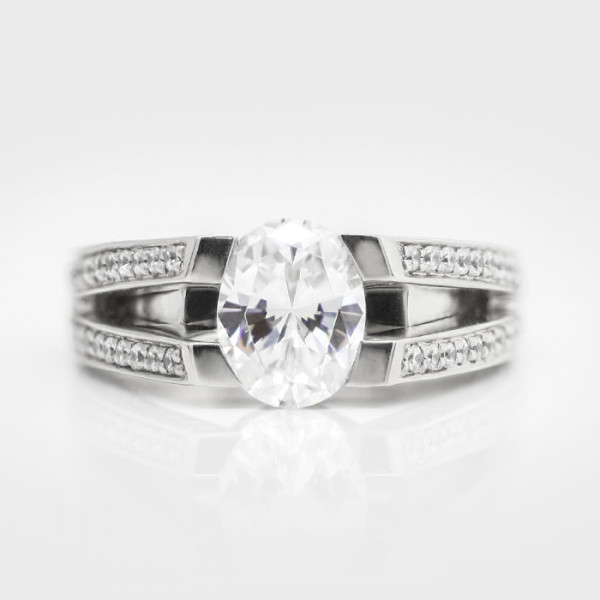 Lenore with 1.21 carat Oval cut Center - Platinum - Ring Size 6.25