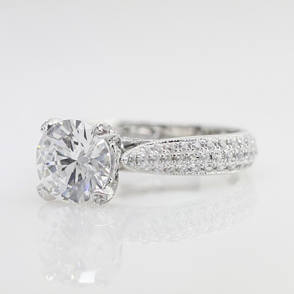 Louvre - 2.55 Round Cut, 14k White Gold- Size 7.0