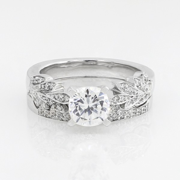 Laurel with 1.03 carat Cushion Center and One Matching Band - Lorian Platinum - Ring Size 7.0