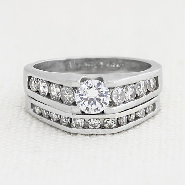 Misty with 0.46 carat Round Brilliant Center and One Soldered Matching Band - 14k White Gold - Ring Size 6.0