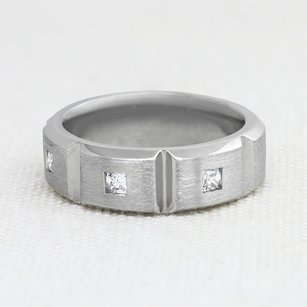 Sinclair - 14k White Gold - Ring Size 11.5