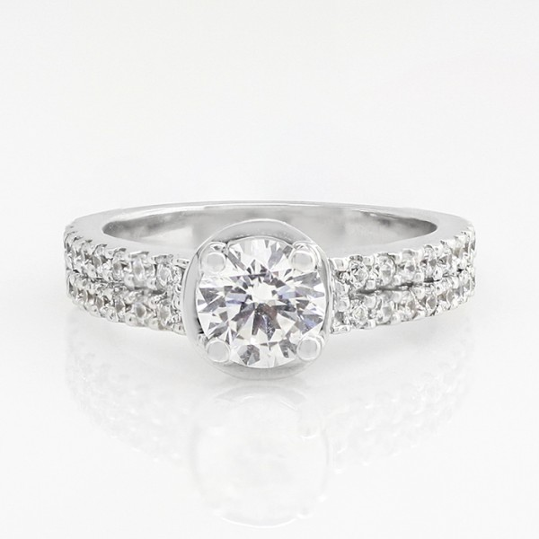 Tatum with 1.03 carat Round Brilliant Center - 14k White Gold - Ring Size 7.0-8.0