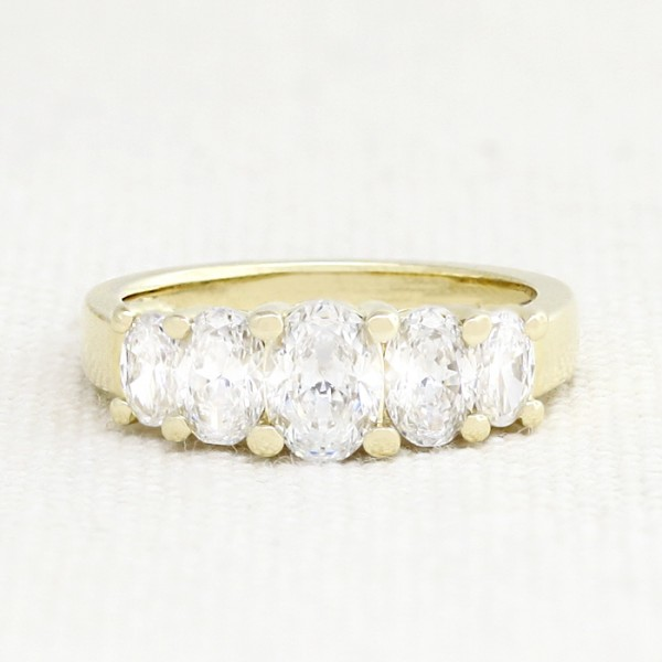 Oval Cut Five-Stone Ring - 14k Yellow Gold - Ring Size 7 25
