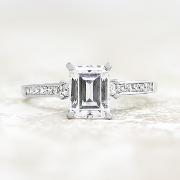Kit with 2.17 carat Emerald Center - Palladium - Ring Size 9.0-11.0