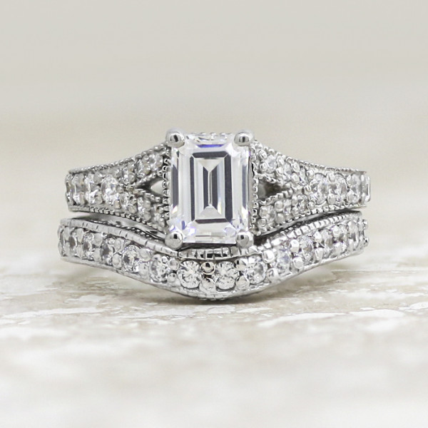Retired Model Valencia with 2.62 carat Emerald Center and One Matching Band - 14k White Gold - Ring Size 6.5