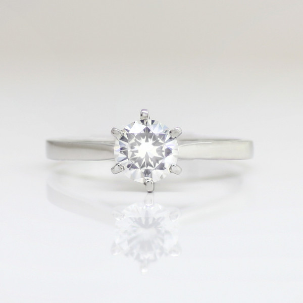First Love with 1.03 carat Round Brilliant Center - Palladium - Ring Size 9.0