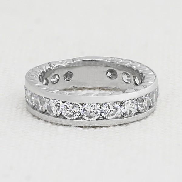 Futuris Matching Band - Platinum - Ring Size 5.25