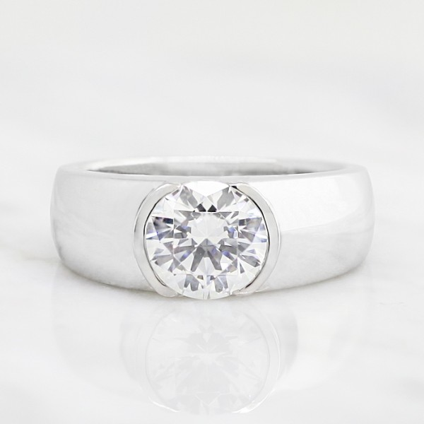 Luna with 1.03 Carat Round Brilliant Center - 14k White Gold - Ring Size 9.0-10.0