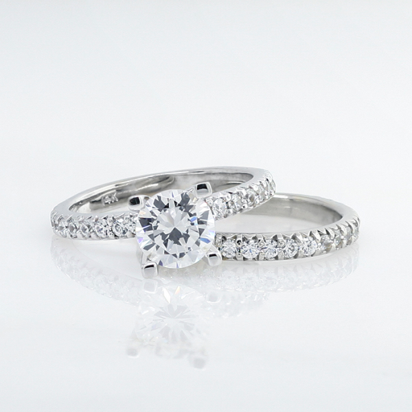Retired Model Gwyneth with 1.03 carat Round Brilliant Center and One Matching Band - 14k White Gold - Ring Size 6.0-9.0