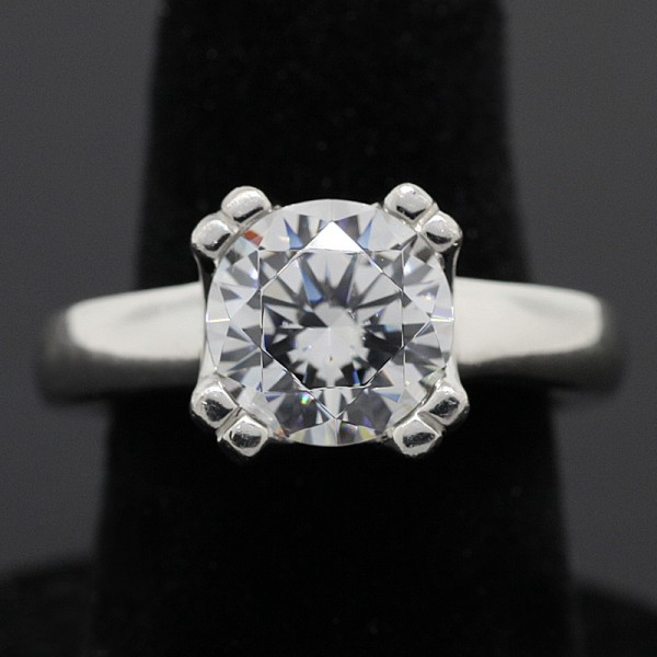 2.55 Round Brilliant Cut with Double-Prong Setting - Platinum - Ring Size 7.0