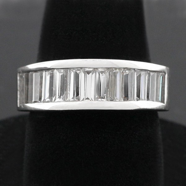 Straight Baguette Wedding Band - 14k White Gold - Ring Size 6.75