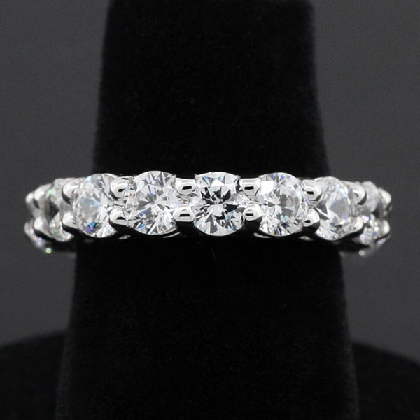 Round Brilliant Shared-Prong Eternity Band - 14k White Gold - Ring Size 5.25