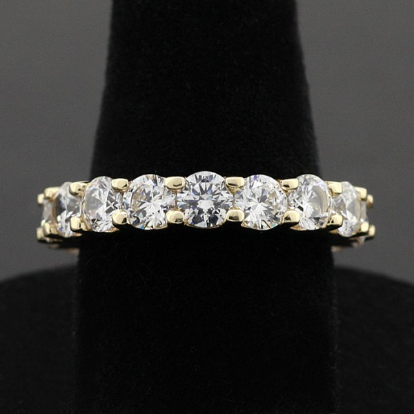 Round Brilliant Eternity Band with 4.5 carats - 14k Yellow Gold - Ring Size 7.5