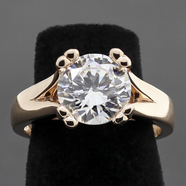 Savannah with 2.75 Round cut Center - 14k Rose Gold - Ring Size 7.25