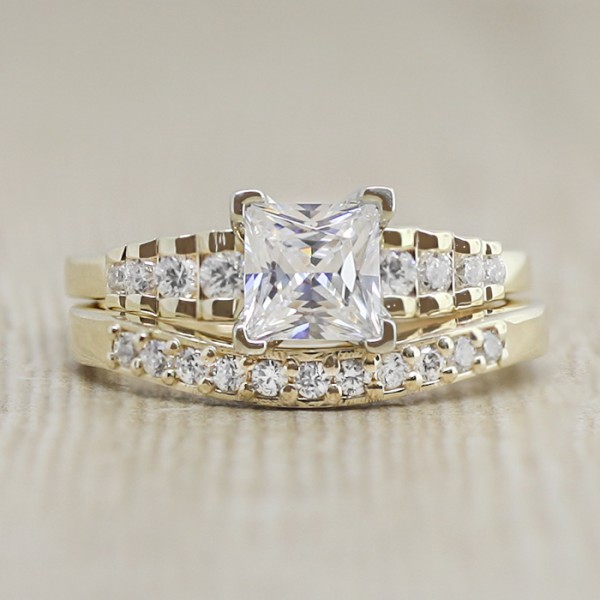 Sharon with 0.99 carat Princess Center and Matching Band - 14k Yellow Gold - Ring Size 5.25-7.25