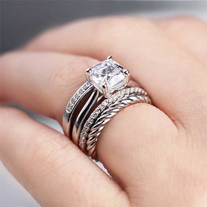 A Guide to Gorgeous Stacked Wedding Rings